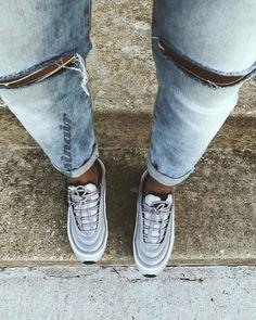 girlsinair | Sneakerhead beauties wearing Nike Air Kicks and Air Jordans