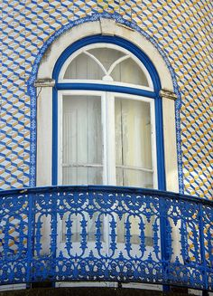Janela no Largo de Marvila - Santarém - Portugal by Rosa Gambóias - PC problems, via Flickr
