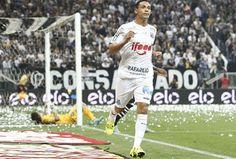 Veja 71 lindas imagens de tudo o que aconteceu na vitória do Santos pra cima do Corinthians aqui... http://futebolcomarte.wix.com/santos-futebol-arte#!imagens-de-corinthians-1-x-2-santos/c1c23 ... Não percam !!!