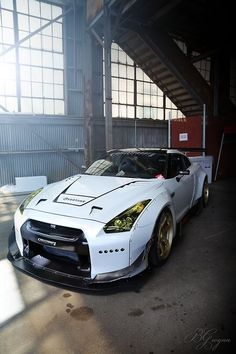Nissan-GTR-Headlight-Covers