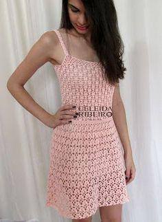 Celeida Ribeiro: Vestido em crochê delicado!