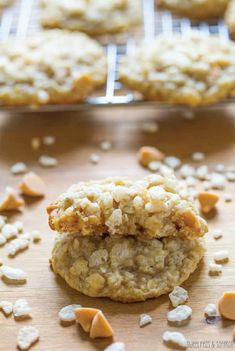 Add a little extra crunch to a classic cookie recipe with these Butterscotch Oatmeal Rice Krispies® Cookies. Light and chewy, this delicious dessert will be a hit with friends and family alike. Serve with a cold glass of milk for the ultimate afternoon snack.