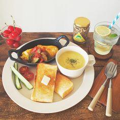 Cafe Food, Food Menu, Plate Lunch, Breakfast Plate, Good Food, Yummy Food, Western Food, Morning Food, Snack