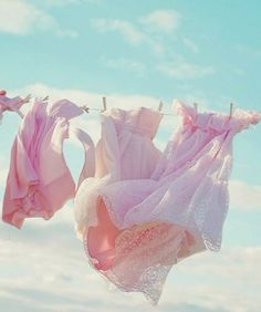 Pink dresses blowing in the wind hanging on the clothes line. Pink Art, Pink Blue, Vive Le Vent, What A Nice Day, Foto Fantasy, Orquideas Cymbidium, Art Rose, Foto Art, Everything Pink