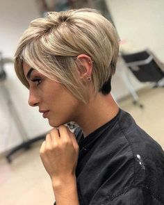 Short Edgy Hairstyles for Fine Hair - Hair Styles Edgy Short Hair, Short Hairstyles For Thick Hair, Short Blonde, Hairstyles With Bangs, Short Hair Cuts, Curly Hair Styles, Hairstyle Ideas, Short Pixie Bob, 1920s Hairstyles