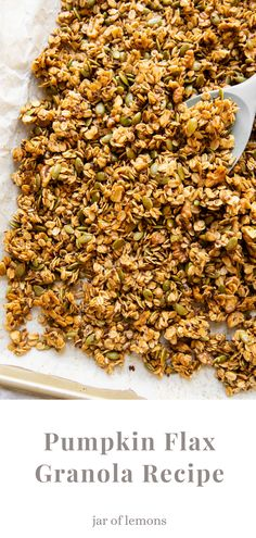 A cozy, fall-inspired Pumpkin Flax Granola recipe that's SO delicious! Made with oats, pumpkin seeds, flax seeds, walnuts, honey, maple syrup, and cinnamon or pumpkin spice, this healthy granola recipe is full of flavor. Add it to yogurt, pudding, smoothies, peanut butter toast, or enjoy it on its own for a great way to start the day! Vegetarian Breakfast, Free Breakfast, Breakfast Ideas, Vegetarian Recipes, Healthy Recipes, Best Brunch Recipes, Favorite Recipes, Flax Granola Recipe, Bean Recipes