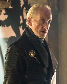 Tywin Lannister+Game of Thrones Game Of Thrones Series, Game Of Thrones Cast, Charles Dance, Hand Of The King, Game Of Trones, I Love Games, Game Costumes, Hbo Series, Fire Book