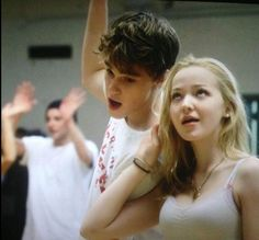 dove cameron and mitchell hope Ina rehearsal of descendants 2