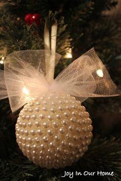 Pretty Pearl Ornament at www.joyinourhome.com Rose Gold Christmas Decorations, Beaded Christmas Ornaments, Diy Christmas Gifts, Christmas Projects, Handmade Christmas, Christmas Tree Decorations, Christmas Wreaths, Handmade Ornaments, Christmas Bulbs