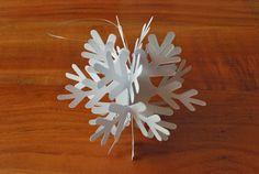 Fiocchi Di Neve Di Carta Da Ritagliare Tutorial : Best fiocchi di neve di carta images paper