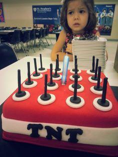 TNT minecraft cake Thomas Birthday, My Son Birthday, Birthday Cake, Tnt Minecraft, Party Ideas, Gift Ideas, Decorated Cakes, Party Cakes, No Bake Cake