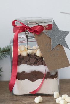 DIY brownie in a jar. A creative and fun hostess gift. Find the recipe at our website