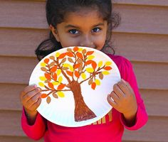 Nature crafts for kids just got more fun with Fiskars! Let the outdoors inspire your child's artwork and create new fall decor for your home.