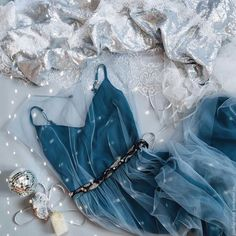 Ideas wedding guest outfit formal classy the bride for 2019 Wedding Guest Outfit Formal, Elegant Dresses, Pretty Dresses, Homecoming Dresses, Bridesmaid Dresses, Mode Hijab, Look Chic, Beautiful Gowns, Dream Dress