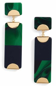 Tory Burch Resin Colorblock Drop Earrings Green, black, and gold vertical rectangle, dangling earrings Jewelry Accessories, Fashion Accessories, Jewelry Design, Fashion Jewelry, Fashion Clothes, Tory Burch, Bijoux Art Deco, Look Vintage, Schmuck Design