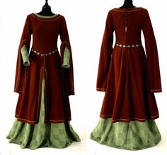 *2 pins  This dress has long sleeves that end at the elbow. Medieval clothes provided information about the status of the person wearing them.