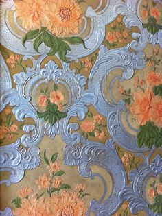Almost positive that my future house will mostly consist of vintage wall paper.