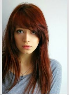 I want these crooked bangs...