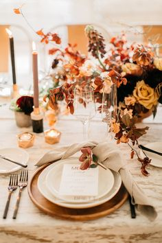 Ideas Original to decorate your table this season 10 ways to decorate your table for Thanksgiving Ideas Original to decorate your table this season Industrial Wedding Inspiration, Centerpieces, Table Decorations, Orange Wedding, Wedding Pinterest, Autumn Wedding, Wedding Table, Wedding Ideas, Fall Decor