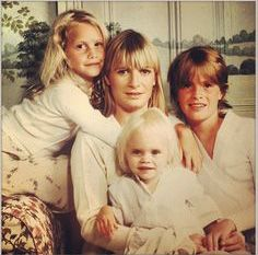 Who's that girl: Cara Delevingne pictured as a young baby with her mother and sisters, Poppy, and Chloe, far right Young Cara Delevingne, Poppy Delevingne, Best Beauty Tips, Beauty Advice, Cara Delvingne, Burberry, Christy Turlington, Family Album, Rich Girl