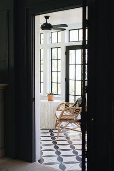 Chicago House, Black And White Tiles, White Wicker, Table Seating, House Windows, Concrete Floors, Fixer Upper, Tile Floor, Flooring