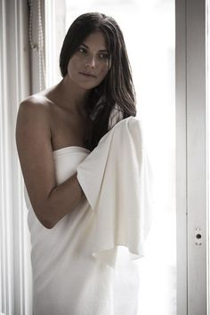 Lisse Luxe Long Hair Towel:  Our Lisse Luxe Long Hair Towel is made with our newest super-absorbent luxury AQUITEX, woven from ultra-fine fibers that are finer than silk to dry your hair quickly and gently without friction.The new Lisse Luxe is closest to our signature smooth lisse fabric and more absorbent and softer than ever.