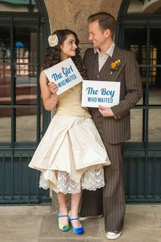 Doctor Who geek wedding - I need the Girl Who Waited sign. And I need it in my wedding photos. Geek Wedding, Dream Wedding, Gothic Wedding, Trendy Wedding, Unique Weddings, Summer Wedding, Steam Punk, Wedding Themes, Wedding Dresses