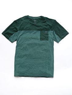 A Camiseta Timberland Split Pocket foi confeccionada em algodão, material que garante um toque suave à pele, te proporcionando maior conforto e maciez, além de ser ideal para compor um look casual. #camiseta #homem #casual #conforto.  http://www.timberland.com.br/confeccao/camiseta-timberland-split-pocket/prod001-9251-810.html