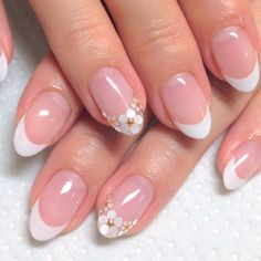 86 Best Pretty And Eye-catching 💅 Short Round Nails Design For Prom And Work 💖 - Short Round Nail Art 39 💕 Lace Nail Art, Lace Nails, Pink Nail Art, French Acrylic Nails, French Tip Nails, French Manicures, Nails French Design, Round Nail Designs, Nail Art Designs