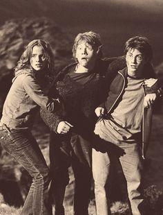 Hermione Granger... Ron Weasley... Harry Potter... best friends... @rt&misi@.