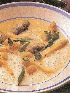 vcielkaisr-mojerecepty: Špargľová polievka s teľacími knedličkami