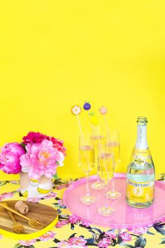 DIY Fruity Drink Markers #barefootbubbly | Studio DIY