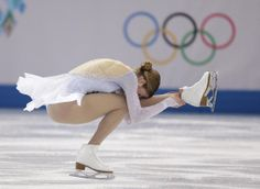 Carolina Kostner of Italy competes in the women's short program figure skating competition at the Iceberg Skating Palace during the 2014 Win. Figure Ice Skates, Figure Skating, Katharina Witt, Best Roller Skates, Women Figure, Ladies Figure, Carolina Kostner, Gracie Gold, Skating Pictures