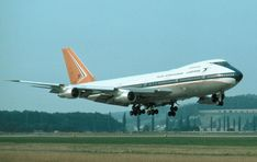 SAA History - Photo's here please. Boeing 747, History Photos, Spacecraft, Airplanes, South Africa, Aviation, Aircraft, Commercial, 1