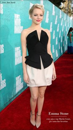 MTV Movie Awards 2012: Emma Stone in Martin Grant