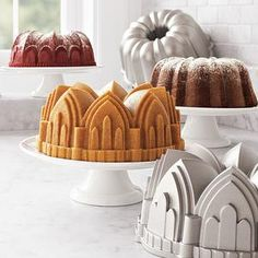 Cathedral Bundt pan: I already own this... and I still love to just look at it.