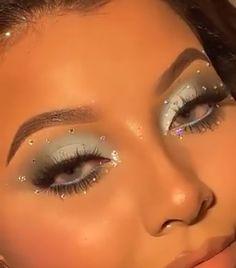 Dope Makeup, Edgy Makeup, Makeup Eye Looks, Eye Makeup Art, Clown Makeup, Kiss Makeup, Pretty Makeup, Makeup Inspo, Eyeshadow Makeup
