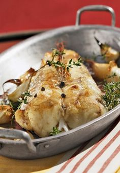 Monkfish tagine with candied lemon Skewer Recipes, Shellfish Recipes, Pasta Recipes, Kitchen Recipes, Cooking Recipes, Healthy Recipes, Seafood Dishes, Fish And Seafood, Tasty Fish Recipe