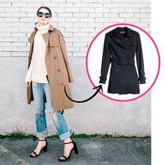 street style look de inverno com trench coat bege mais blusa turtle neck e calça jeans com sandália preta
