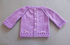 marianna's lazy daisy days: Maxine Baby Cardigan - Mini, Midi, Maxi(lots of other cute baby patterns on there too! Baby Cardigan Knitting Pattern Free, Knitted Baby Cardigan, Knit Baby Sweaters, Knitted Baby Clothes, Baby Hats Knitting, Cardigan Pattern, Jacket Pattern, Knitting For Kids, Baby Knitting Patterns