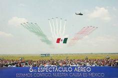 La Fuerza Aérea de México despliega sus últimas compras en un espectáculo aéreo El sexto espectáculo aéreo 'La gran fuerza de México' ocupó la pista de aterrizaje de la base de Santa Lucía durante el último fin de semana de agosto. - Noticias Infodefensa América