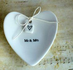 Ringschale Mr & Mrs von Utenliesjen auf DaWanda.com