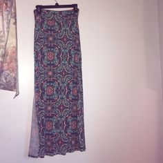 Charlotte Russe maxi skirt with slits. This super cute maxi skirt has only been worn once and is in very good shape! Price is negotiable! Charlotte Russe Skirts Maxi