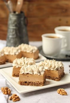 Reform šnite sa kav m Gourmet Recipes, Sweet Recipes, Baking Recipes, Cookie Recipes, Easy Recipes, Bosnian Recipes, Croatian Recipes, Roasted Cauliflower Salad, Kolaci I Torte
