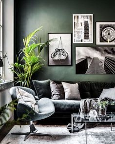 green living room design home decor The post 45 Cozy Green Livingroom Ideas appeared first on Dekoration. Living Room Green, Green Rooms, Home Living Room, Interior Design Living Room, Living Room Designs, Living Area, Green Walls, Modern Living Room Colors, Jazz Living Room Decor