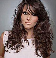 como desfiar cabelos longos e ondulados