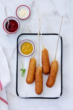 Corn Dogs, delicious!! www.foodandcook.net