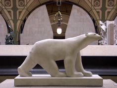 This is François Pompon's striking sculpture of a polar bear in the Musee d'Orsay.