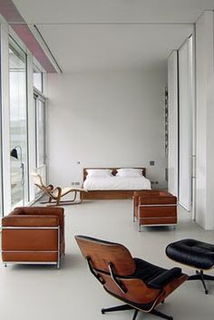 white modern mid century eames knoll lounge windows bedroom - I dream of owning this chair