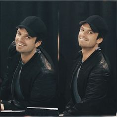Just posting this because I really love him wearing baseball caps  and smiling *-*